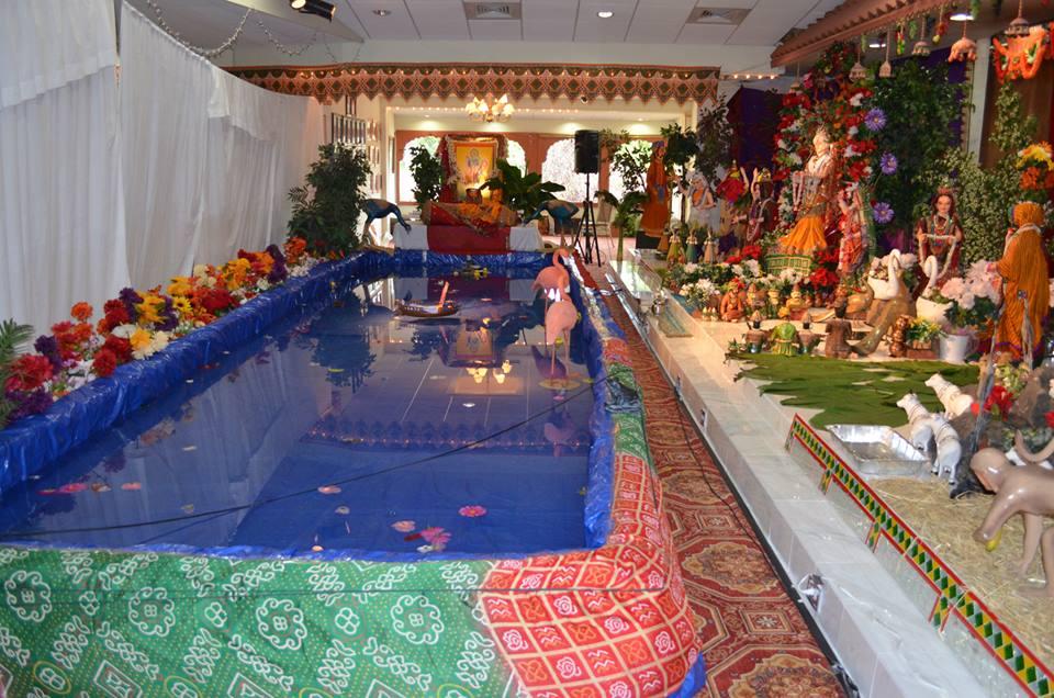 Popular Lord Shreenathji Manorath Darshan Photo Gallery for free download