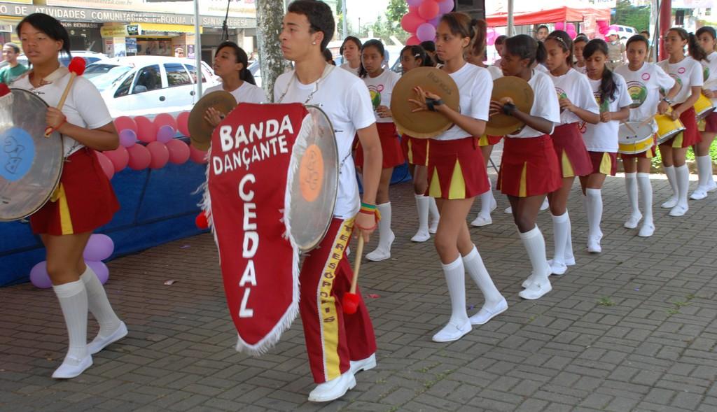 Apresentação da Banda Dançante do Cedal