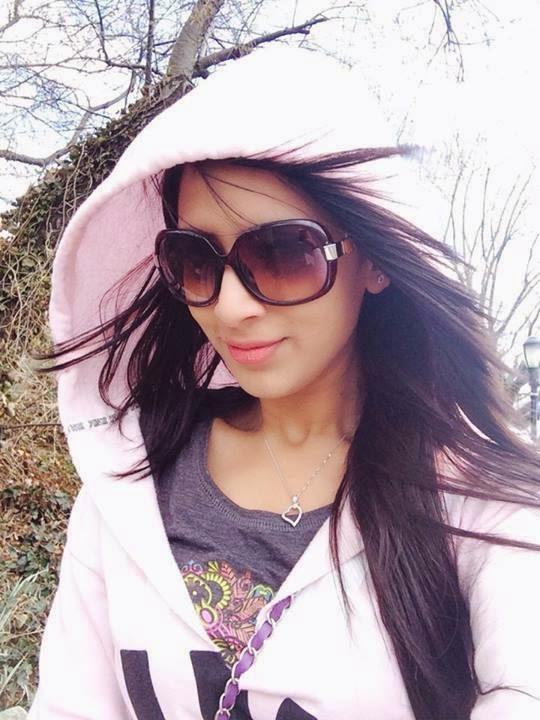 Bangladeshi Model Actress Bidya Sinha Mim