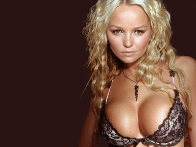 English Television personality Jennifer Ellison Hot Wallpapers