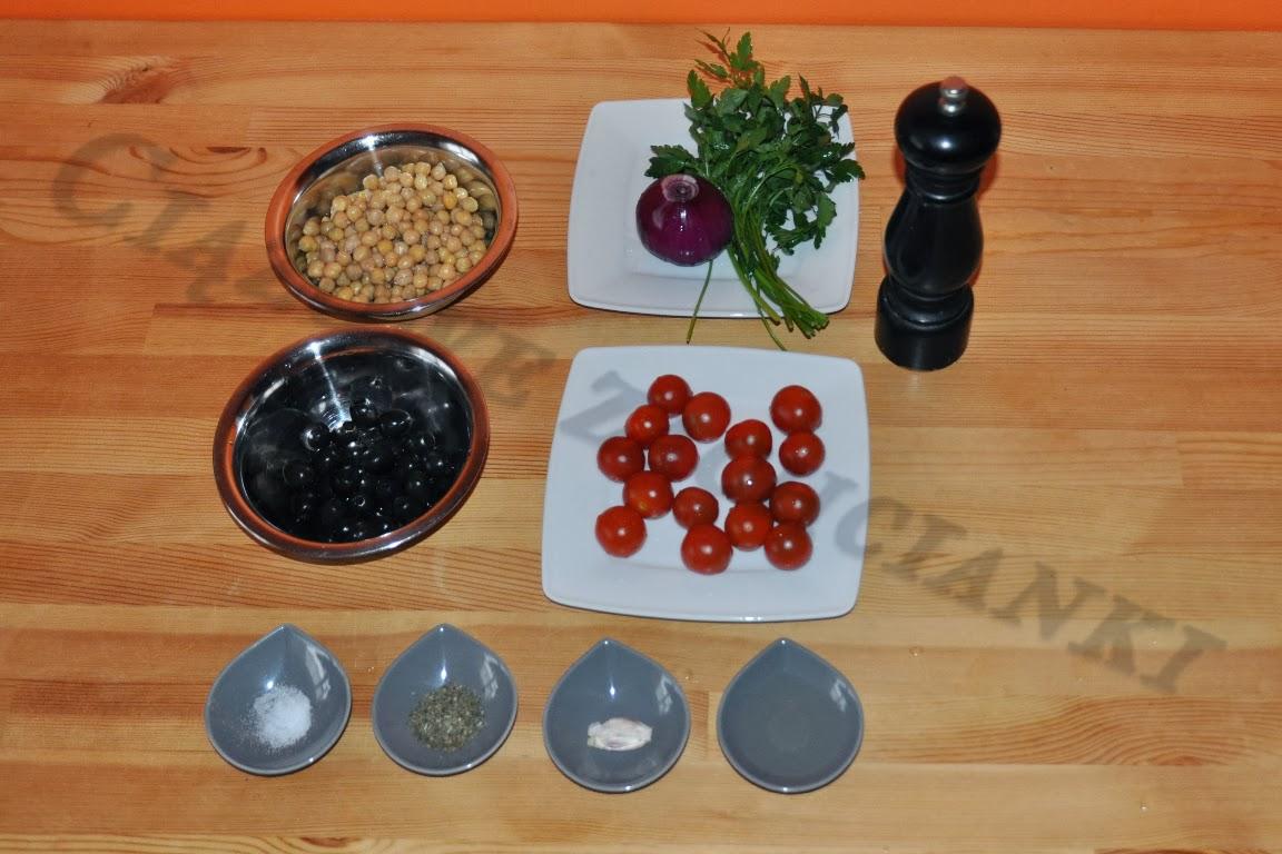 Składniki sałatki z cieciorki