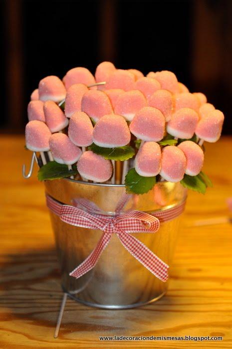 Ideas para una fiesta una maceta de gominolas - Como hacer centros de mesa para comunion ...