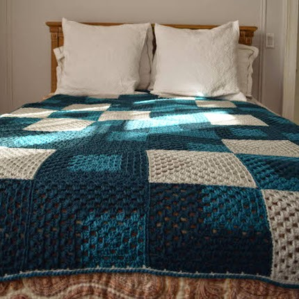 Mod 9-Patch Blanket -  Free Pattern