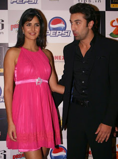 katrina kaif wallpaper with ranbir kapoor at ajab prem ki ghazab kahani