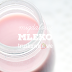 Migdałowe mleko truskawkowe