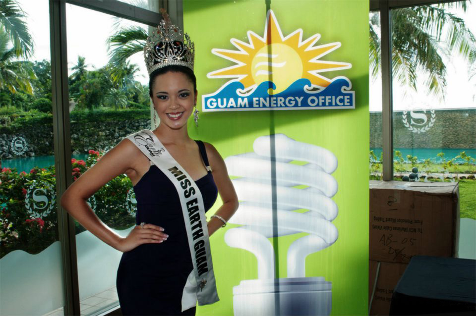anna calvo,miss earth guam 2011