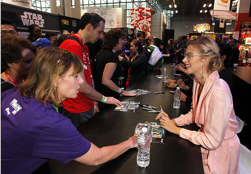 Stitchers actress Emma Ishta signing autographs for fans at New York Comic Con
