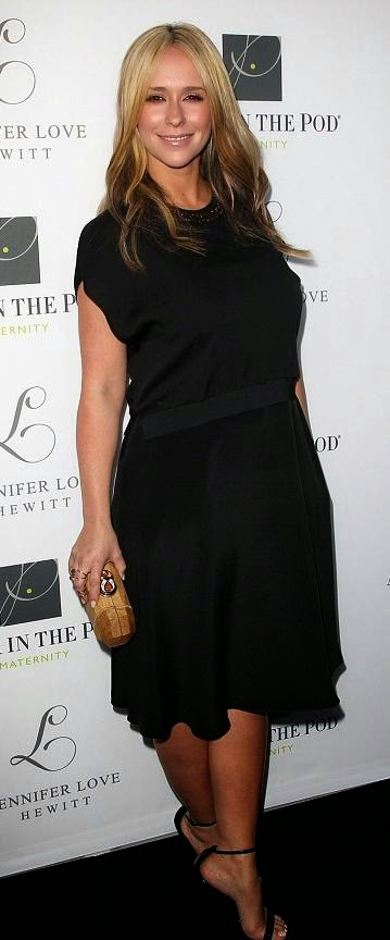 Jennifer Love Hewitt, pregnant celebrity, L maternity wear, whorrified,