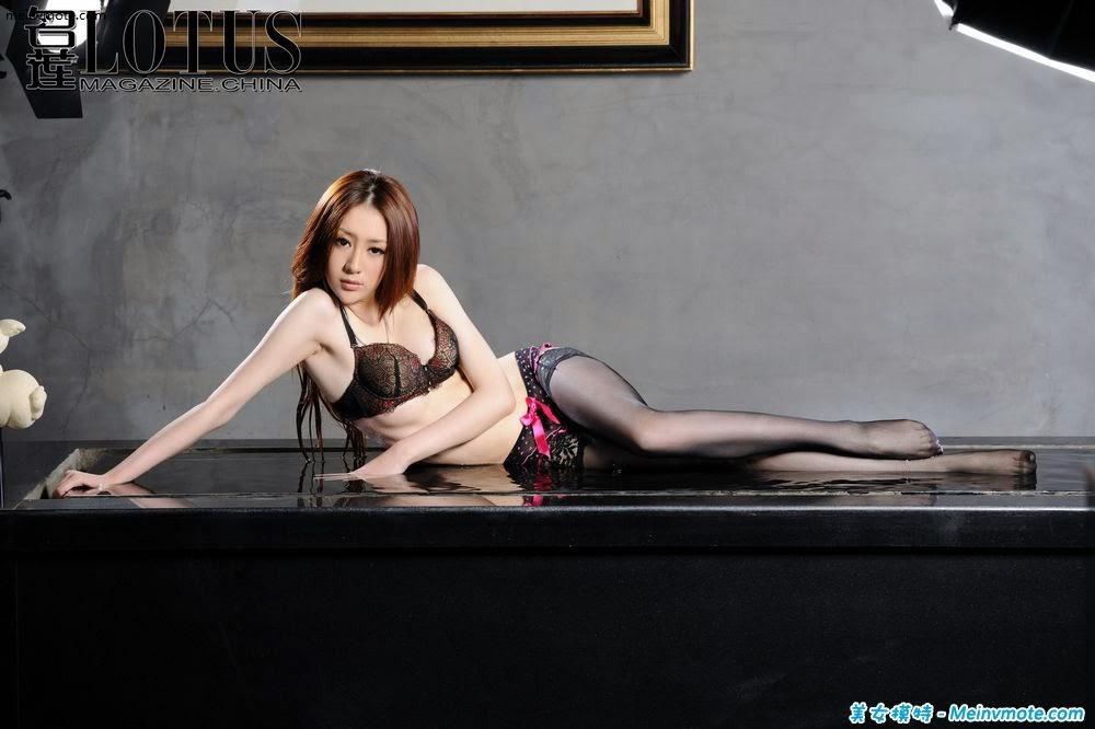 Vamp Liu Lulu sexy lingerie experience