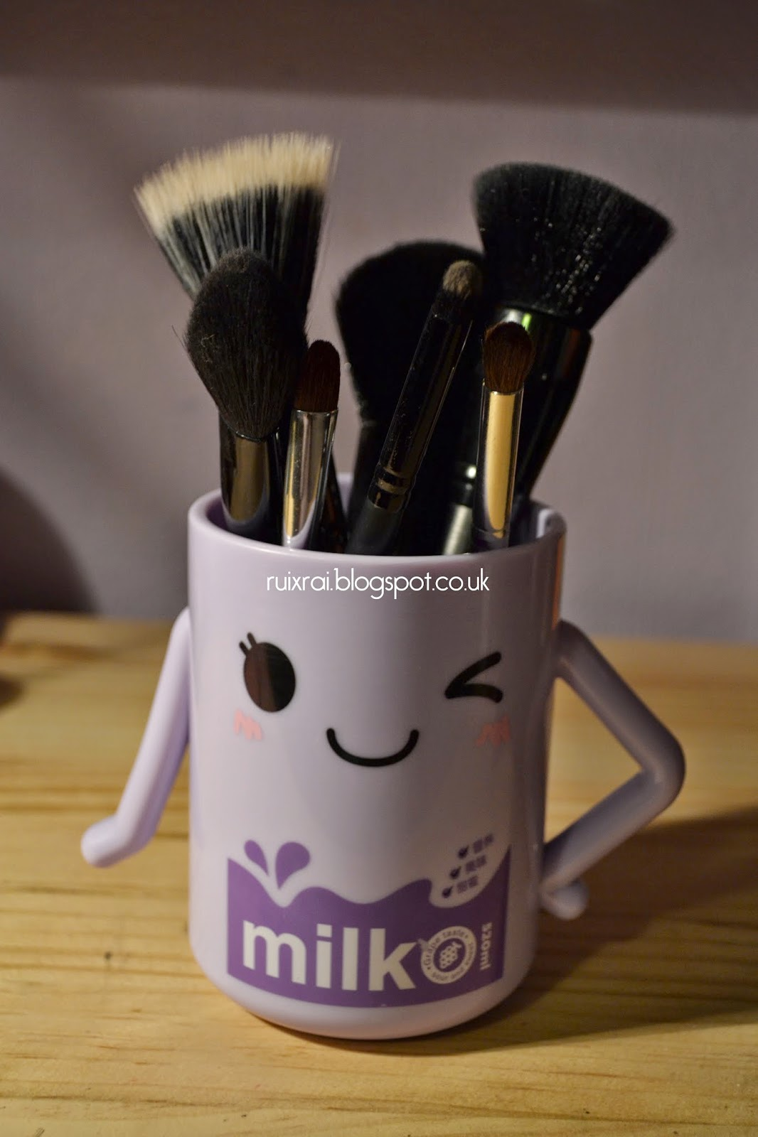 cute cup u003d makeup brush holder