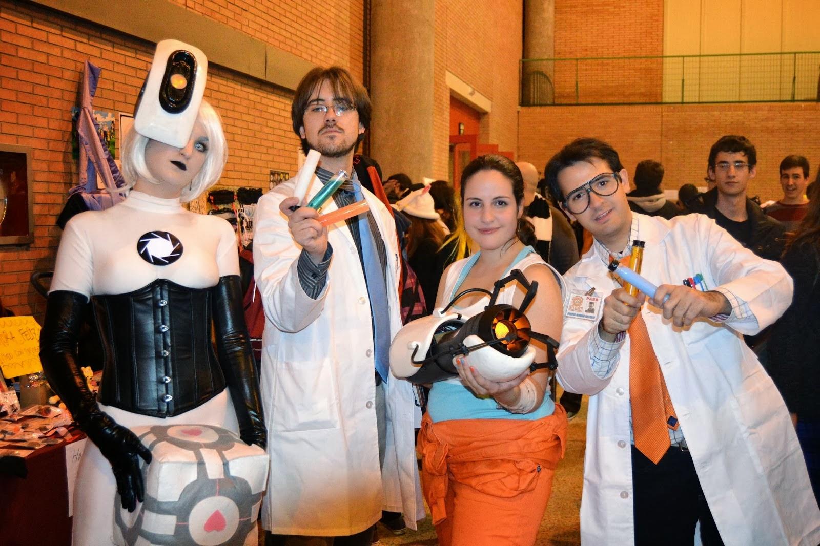 El equipo al completo de Portal 2