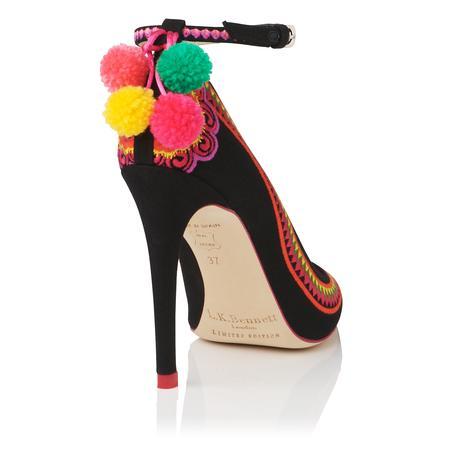 zapatos de Caroline Issa, para LK Bennett