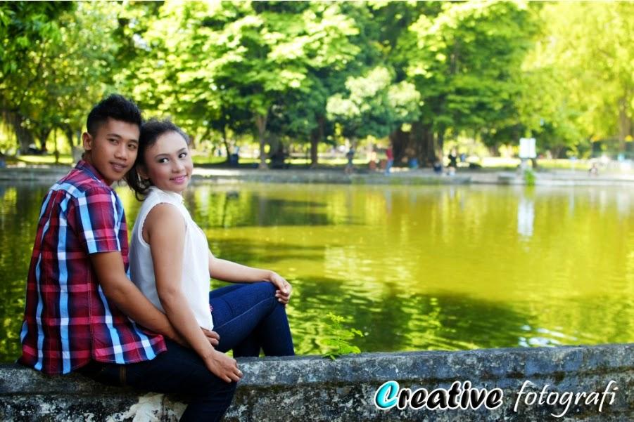 foto prewedding berlokasi di semarang dengan baju casual santai