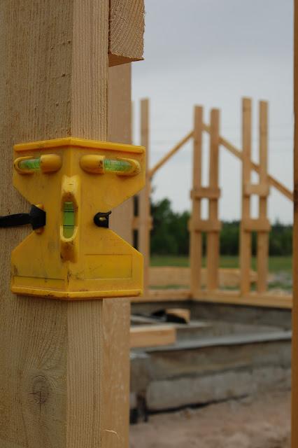 Konstrukcja-domu-drewnianego