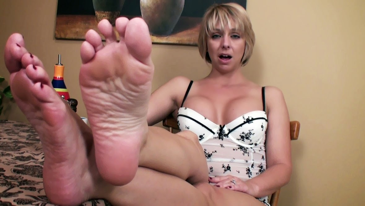 Black foot fetish mom