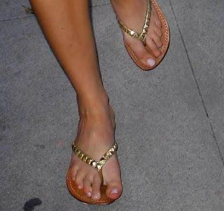 Serious? amanda bynes feet something
