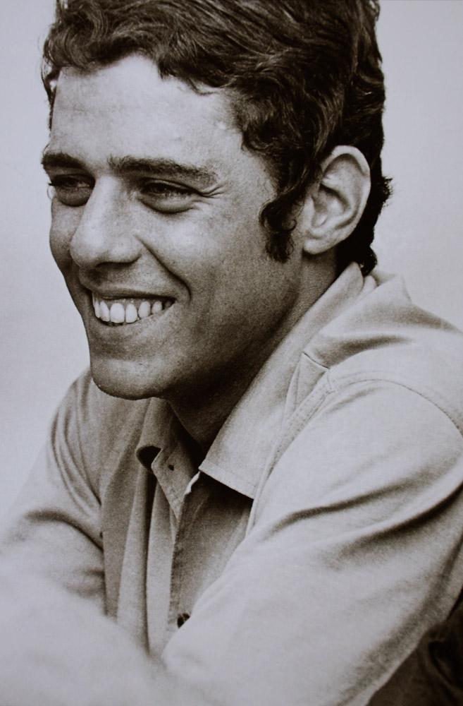 Foto de Paulo Garcez. Chico Buarque de Hollanda. Rio de Janeiro, 1966. - paulo%2Bgarcez