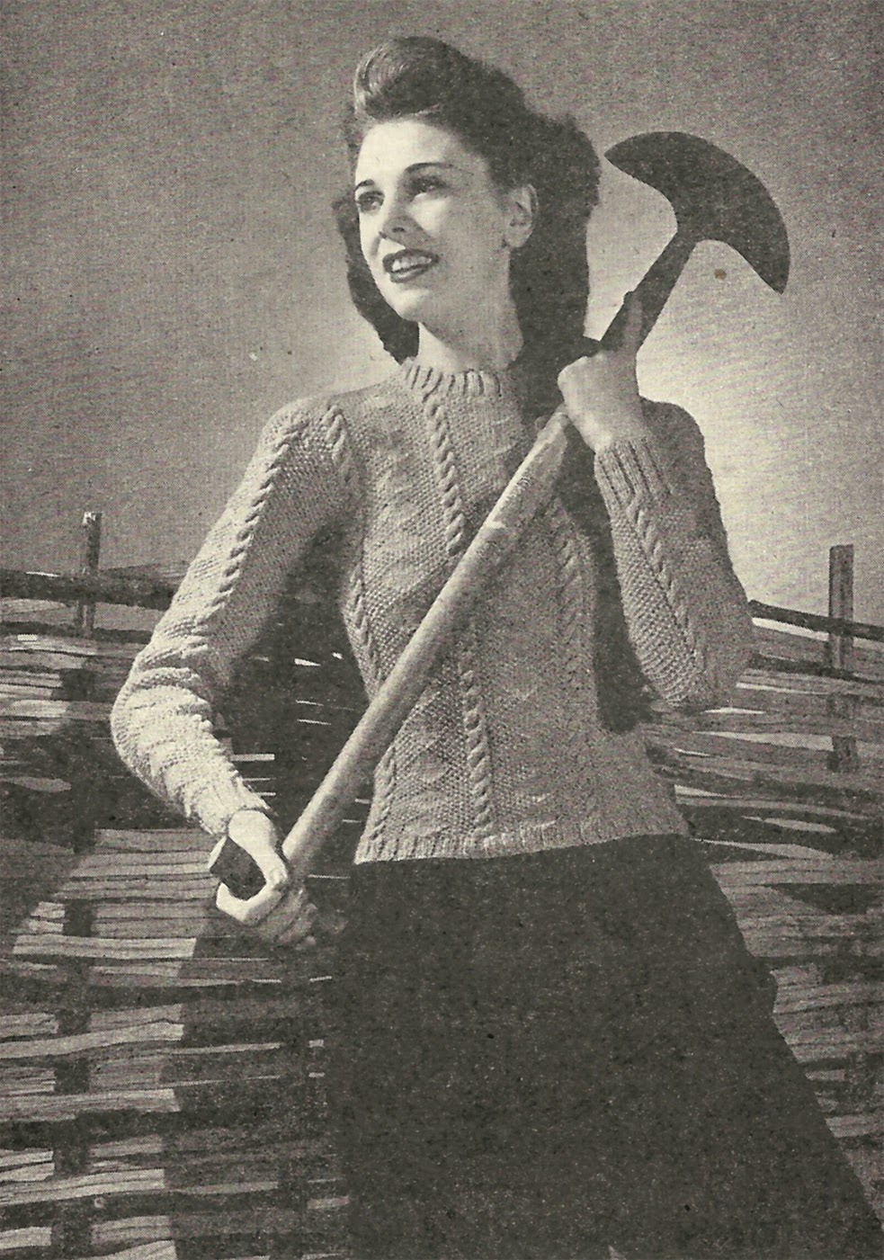 Free 1940s cable jumper knitted pattern