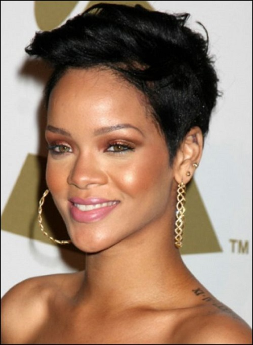 Rihanna Short Hairstyles for Black Women Over 40