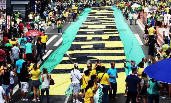 Rede Globo iniciou uma reaproximação com o governo petista