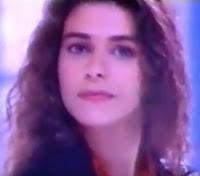 Propaganda do bombom Sonho de Valsa da Lacta no começo dos anos 90.