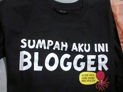 sumpah aku ini blogger