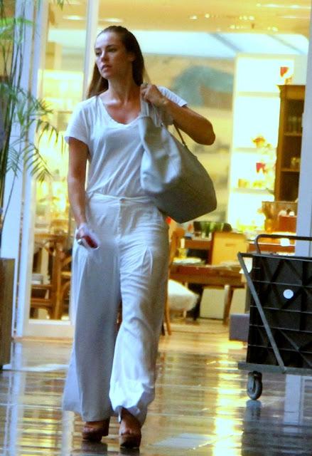 estilo paolla oliveira shopping