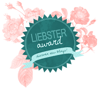 Liebster Award tag with answers to crafty Christmas questions.