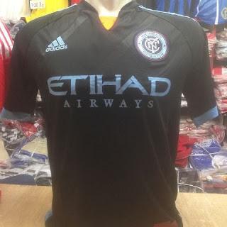 gambar desain terbaru jersey musim depan photo foto kamera Jersey New York City away terbaru musim 2015/2016 di enkosa sport toko online jersey bola terpercaya
