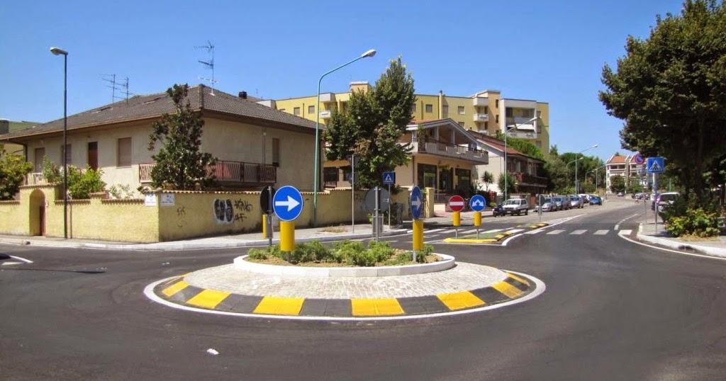 Rotatorie nel centro di milazzo a giorni inizio lavori for Papino arredi catania