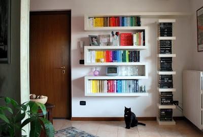 Mondadori roma est la prima libreria al mondo con uno scaffale