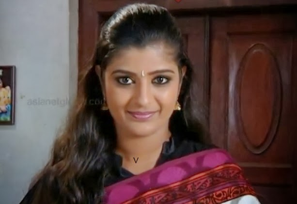 Shalu Kuryan as Varsha in Chandanamazha Serial