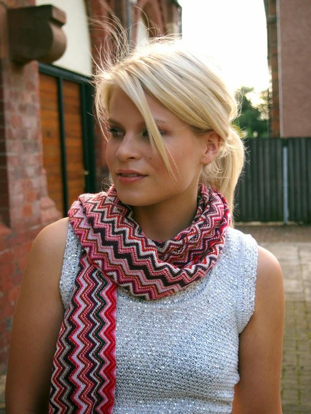 Missoni red zig zag scarf
