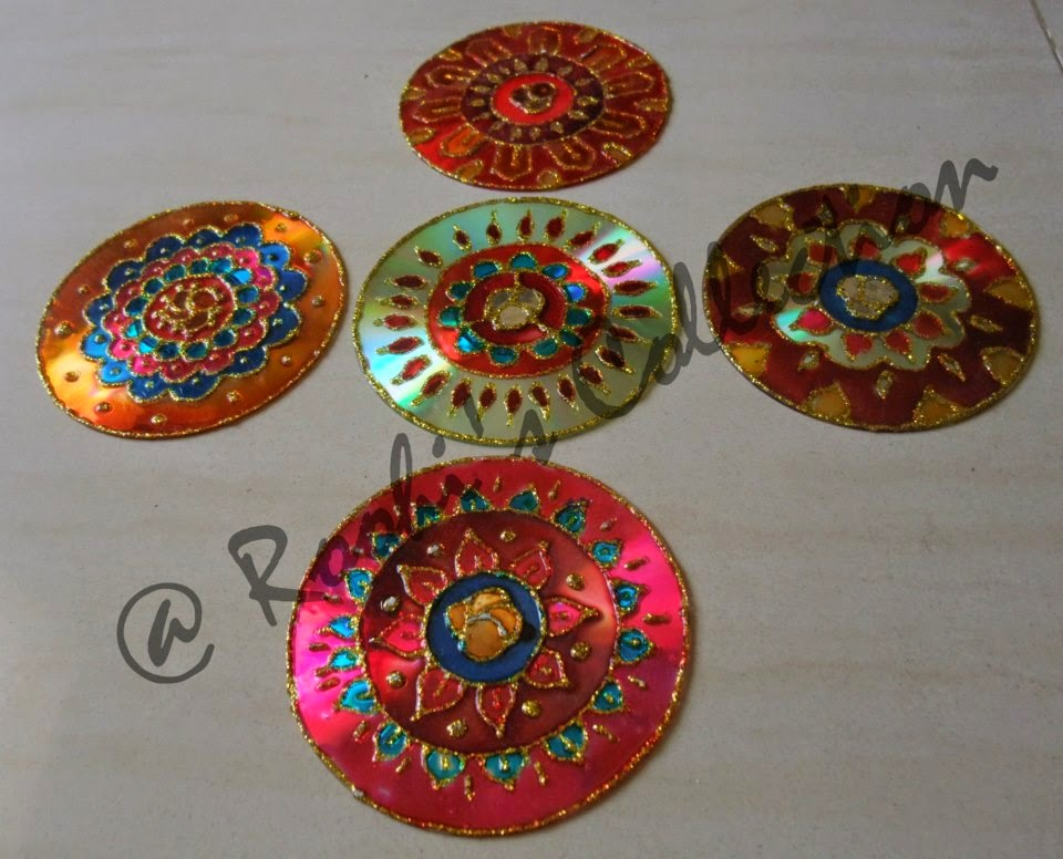 Roohi 39 s collections 10 ways of making diyas and rangoli for Images of decorative items made from waste material