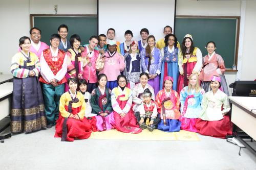Trung tâm dạy tiếng Hàn đảm bảo chất lượng cho người Việt