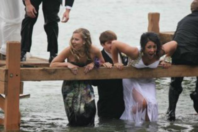 Smile Campus - Fail Prom Photos