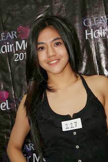 Foto+Seksi+dan+Biodata+DJ+Una11 Biodata DJ Una Dahsyat dan Foto Seksinya