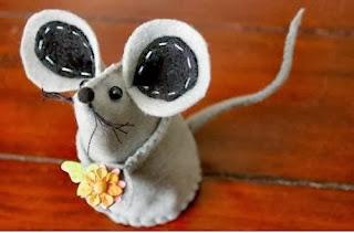 Cara Membuat Kerajinan Tangan Unik, Tikus Flanel Lucu 8