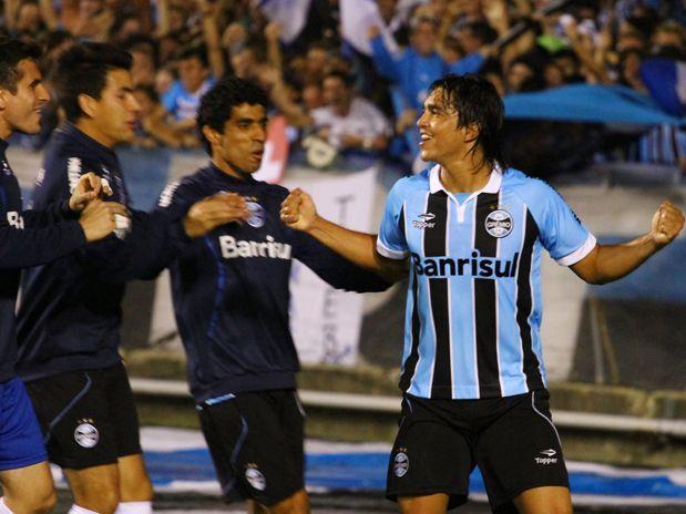 Grêmio vence o Bahia e pega o Palmeiras na Semi-final