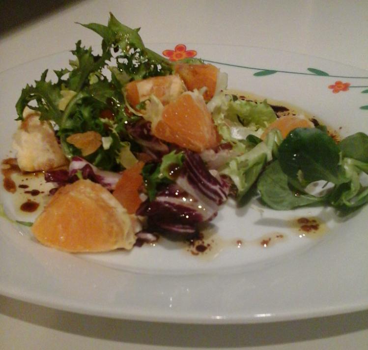 Ensalada de Naranja y frutos secos con vinagreta de miel