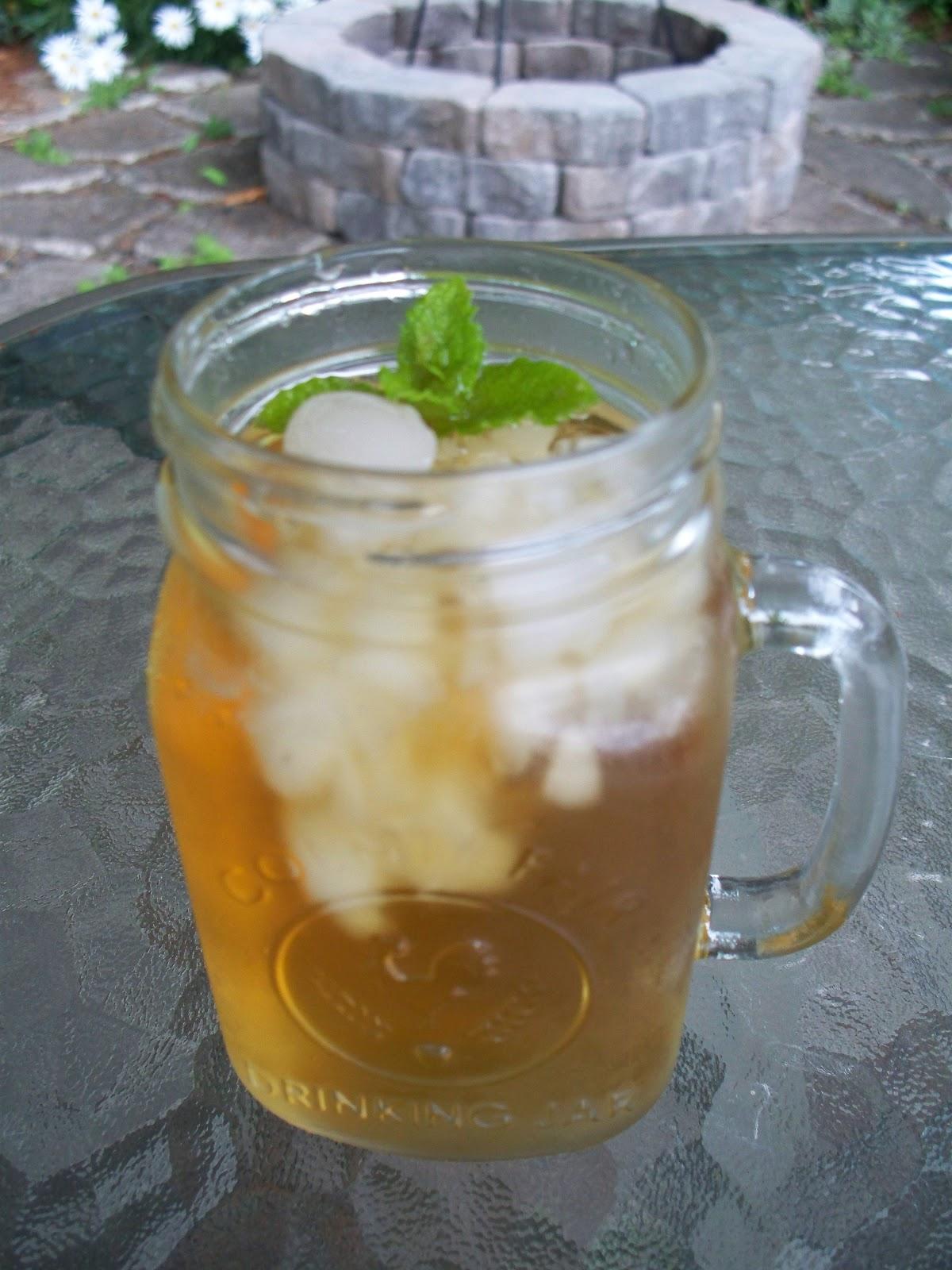 Jabez Farm: Lemon Mint Sun Tea
