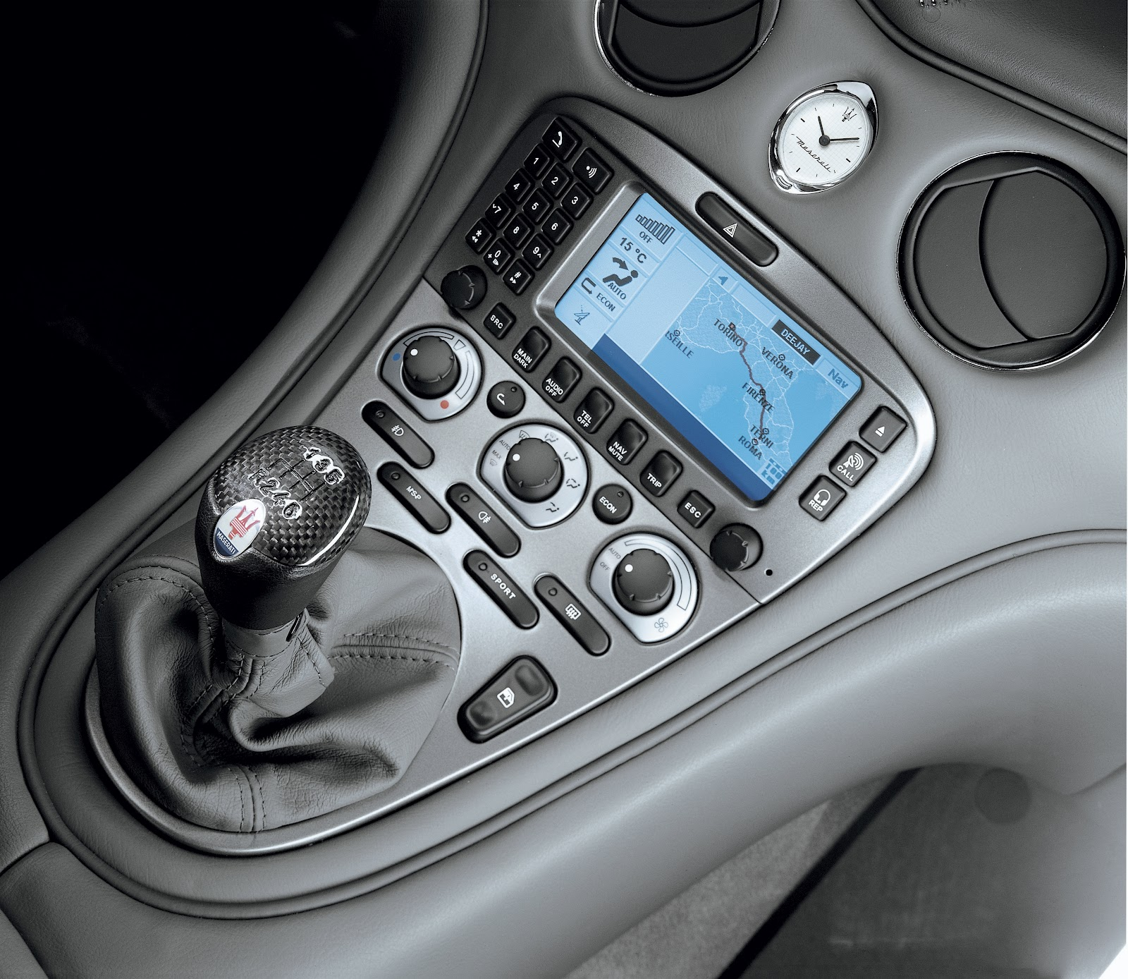http://1.bp.blogspot.com/-xvcbnISrFjg/T6q8TqOGDyI/AAAAAAAAAEY/OCXqPCiGQLE/s1600/cars_gear_car_dashboard_stick_shift_desktop_3543x3073_wallpaper-340658.jpg