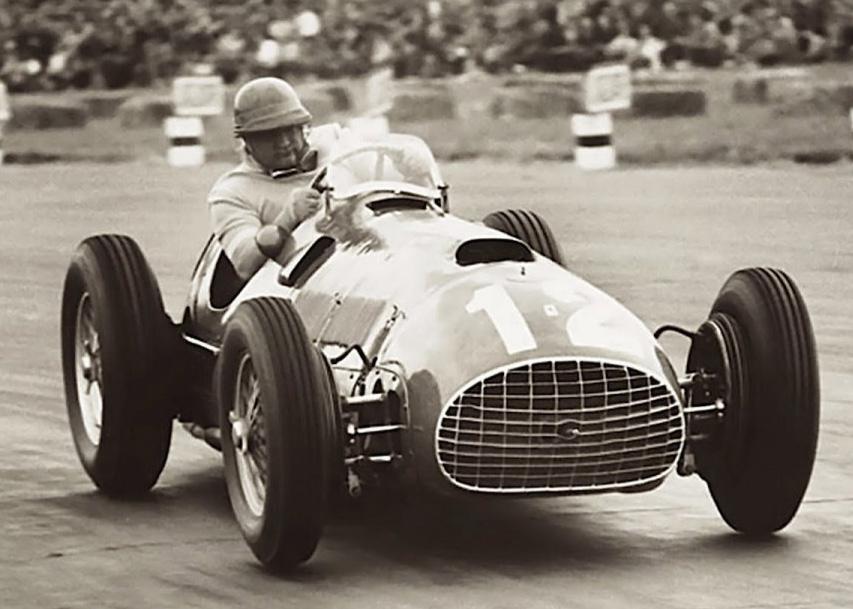 14 de julio, 1951 / EN SILVERSTONE, FROILAN GONZALEZ HACE GANAR POR PRIMERA VEZ A FERRARI EN F1