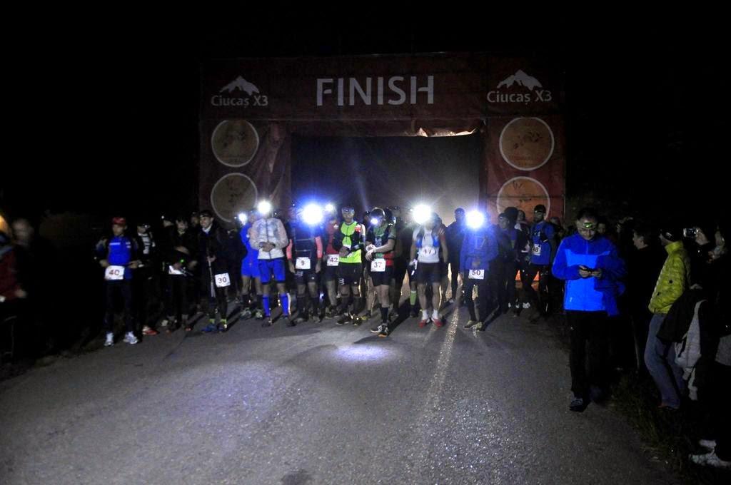 Ciucaş X3, un concurs extraordinar... de greu. Povestea unui alergător de plat printre titani. O nouă excursie la munte. Start 2