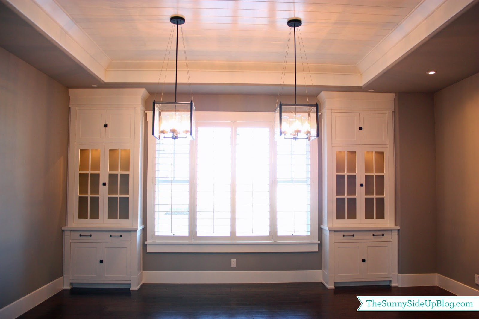Lets Talk Decor Finally A Few Days Ago I Shared Our New Formal Dining Room With You All Nice Blank Slate Here Are Details About The
