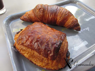 gourmandise croissant pain et chocolat