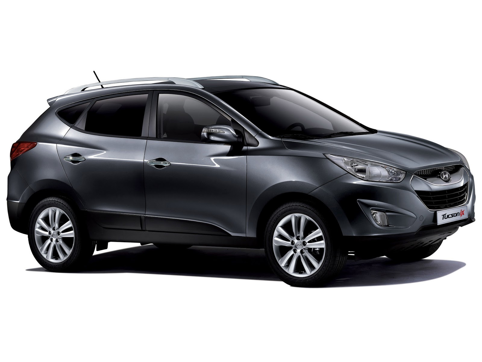 the ultimate car guide car profiles hyundai tucson 2010 2015. Black Bedroom Furniture Sets. Home Design Ideas