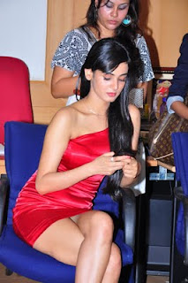 Sonal Chauhan Spotted in a spicy Mini Red Dress Pictures