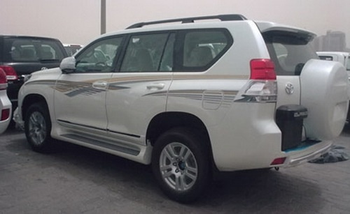 Car Auto Show 2011: 2010 Toyota Land Cruiser Prado facelift