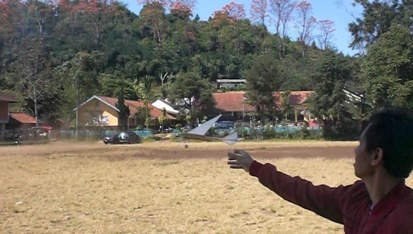 Demo Terbang (klik pada gambar)
